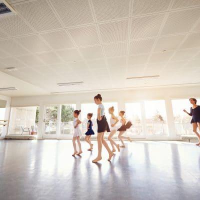 Dans pentru copii